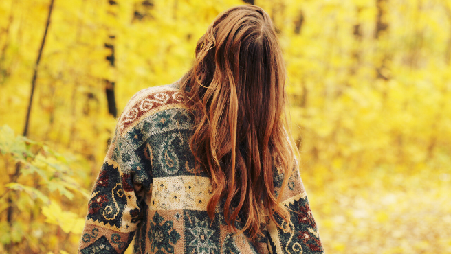 Una mujer camina por un bosque.20minutos | Archivo